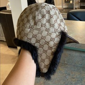 Authentic Gucci hat lined with real fur
